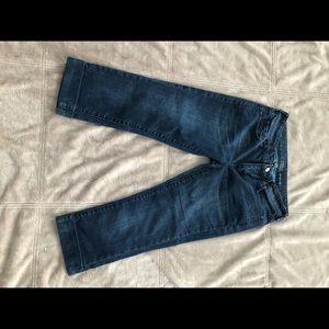 Women's SOHO curvy Crop Blue Jeans size 2